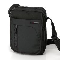 Чанта мъжка за през рамо в черно Crony, 25см