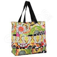 Пъстра чанта за плажа с флорални елементи
