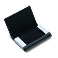Практичен кожен визитник Philippi Flip в черен цвят