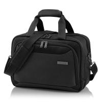 Практична черна пътна чанта Travelite Kendo